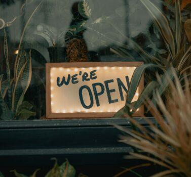 Restaurants Open Sign